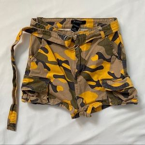 50% OFF Revamped yellow camo shorts belt